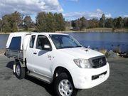 Toyota Hilux 4 cylinder Dies